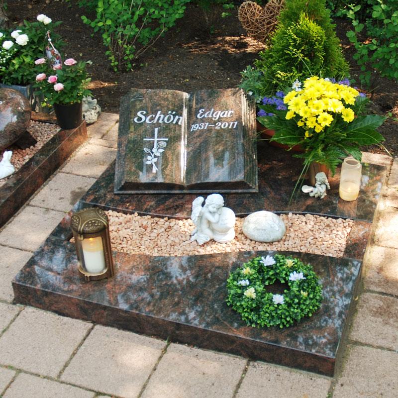 Urnengrab-Schoen
